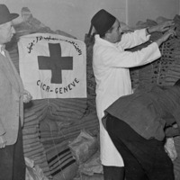 Suez conflict. Blankets donated by the ICRC for the victims of Port-Saïd.