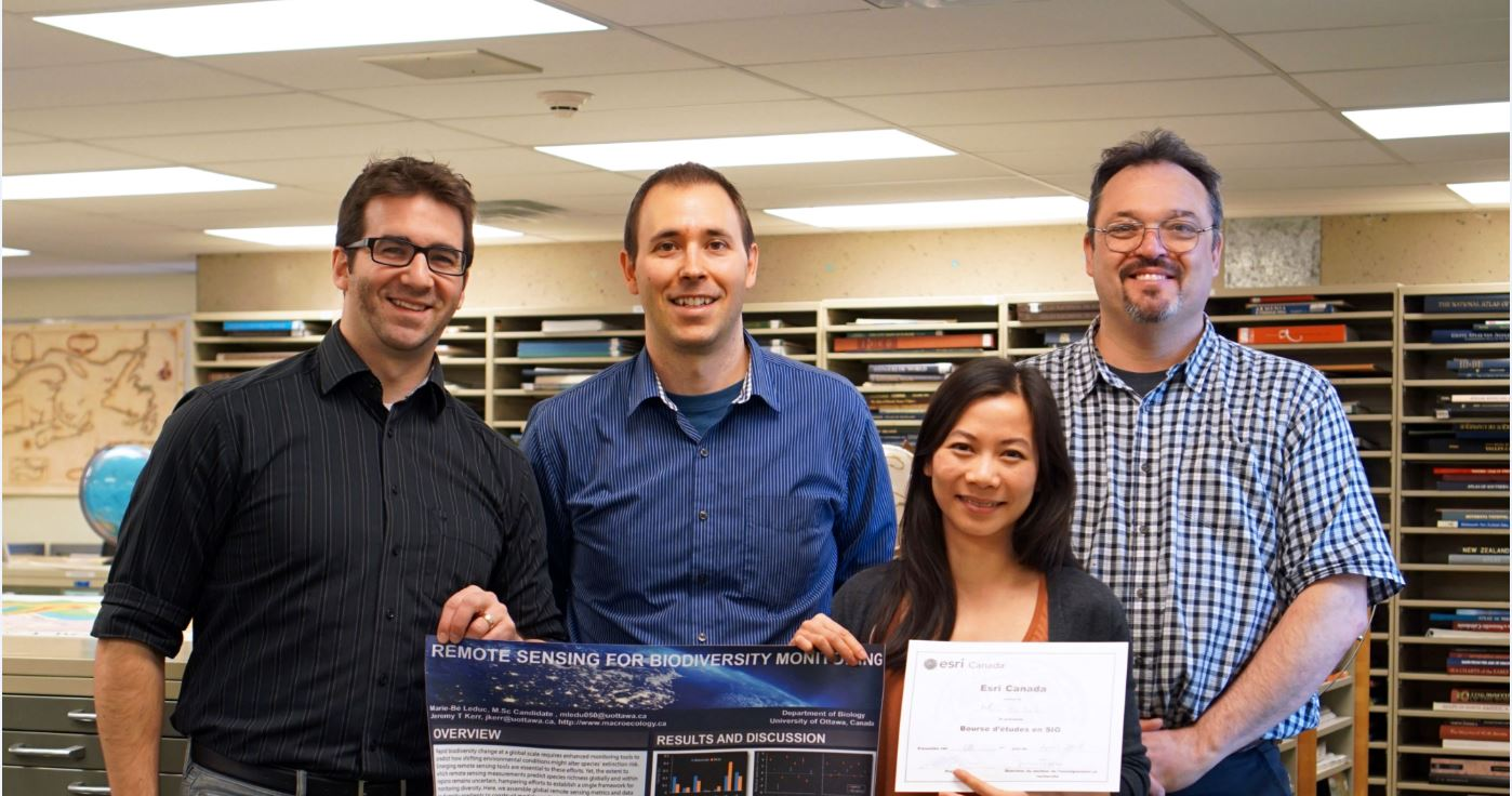 Photo from left to right: René Duplain, Data Analyst; Joël Rivard, GIS & Geography Librarian; Marie-Bé Leduc, Masters student in Biology; Pierre Leblanc, Cartographic and GIS Support Specialist